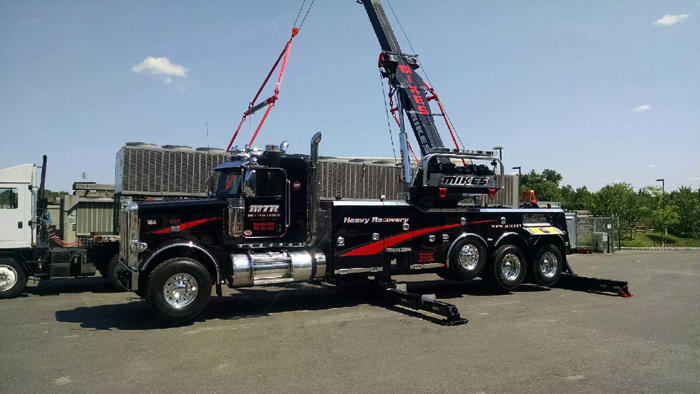 Mike's Towing & Recovery image 15