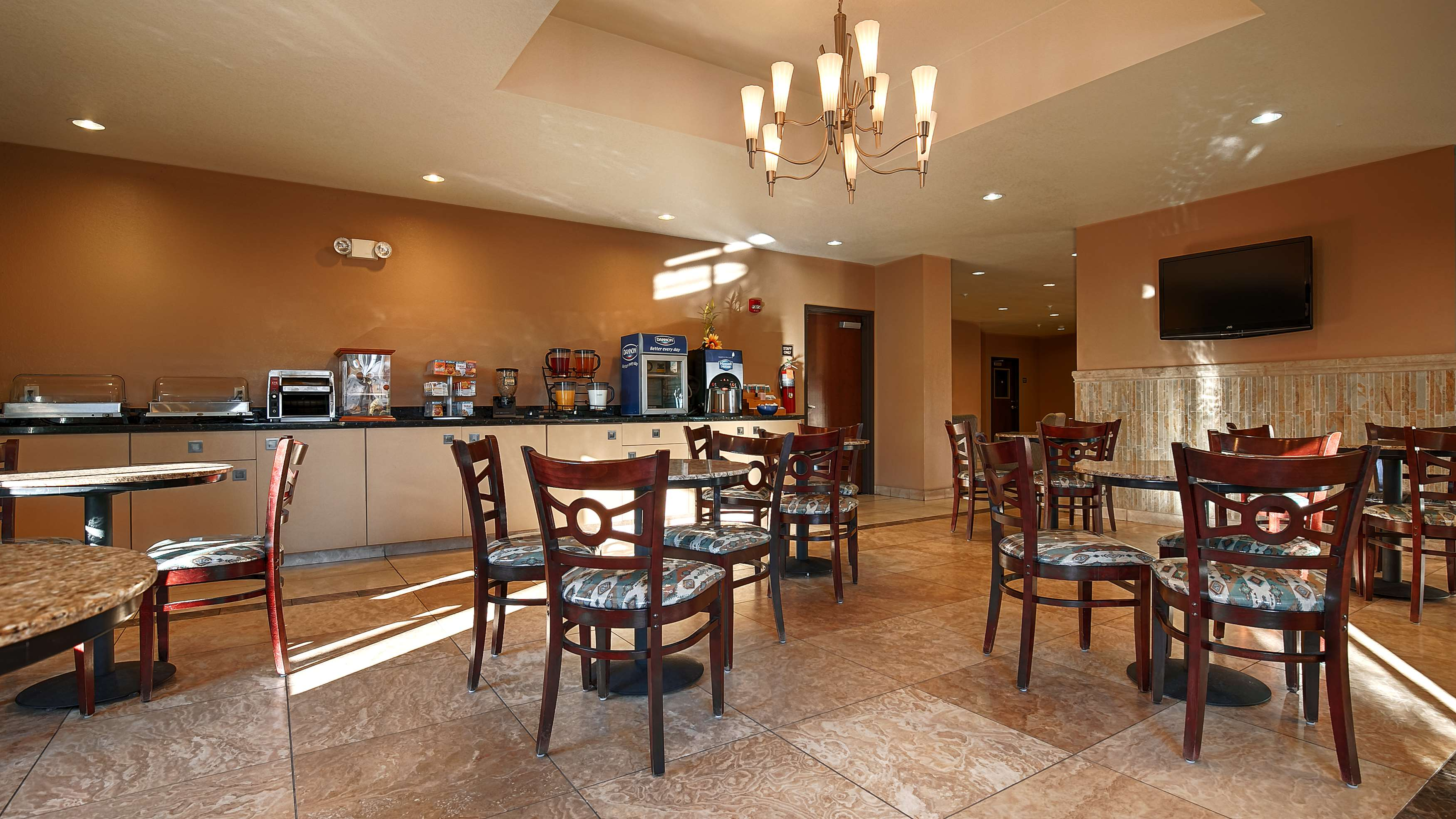 Best Western Sonora Inn & Suites image 14