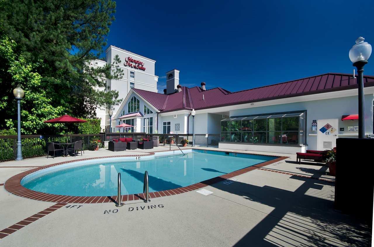 Hampton Inn & Suites Raleigh/Cary I-40 (PNC Arena) image 12
