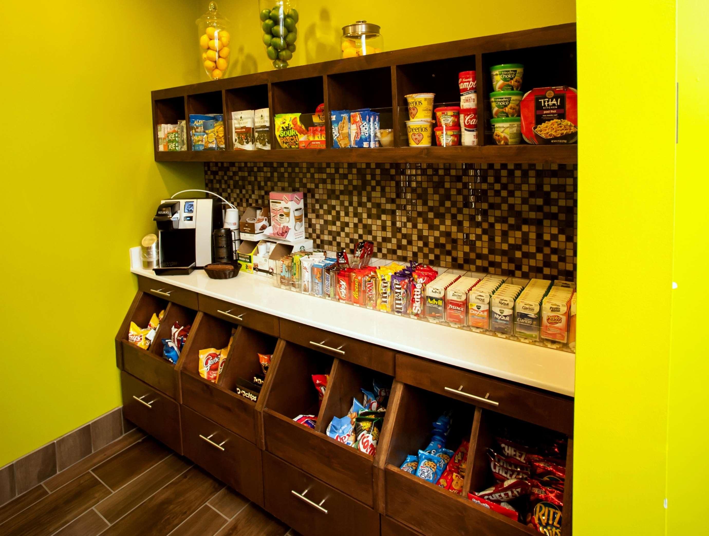 Hilton Garden Inn San Antonio-Live Oak Conference Center 8101 Pat ...