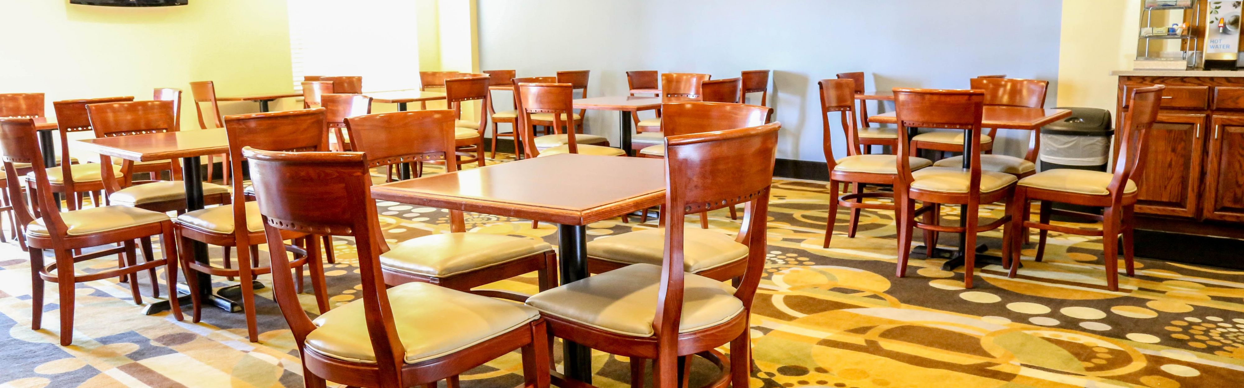 Holiday Inn Express & Suites Weatherford image 3