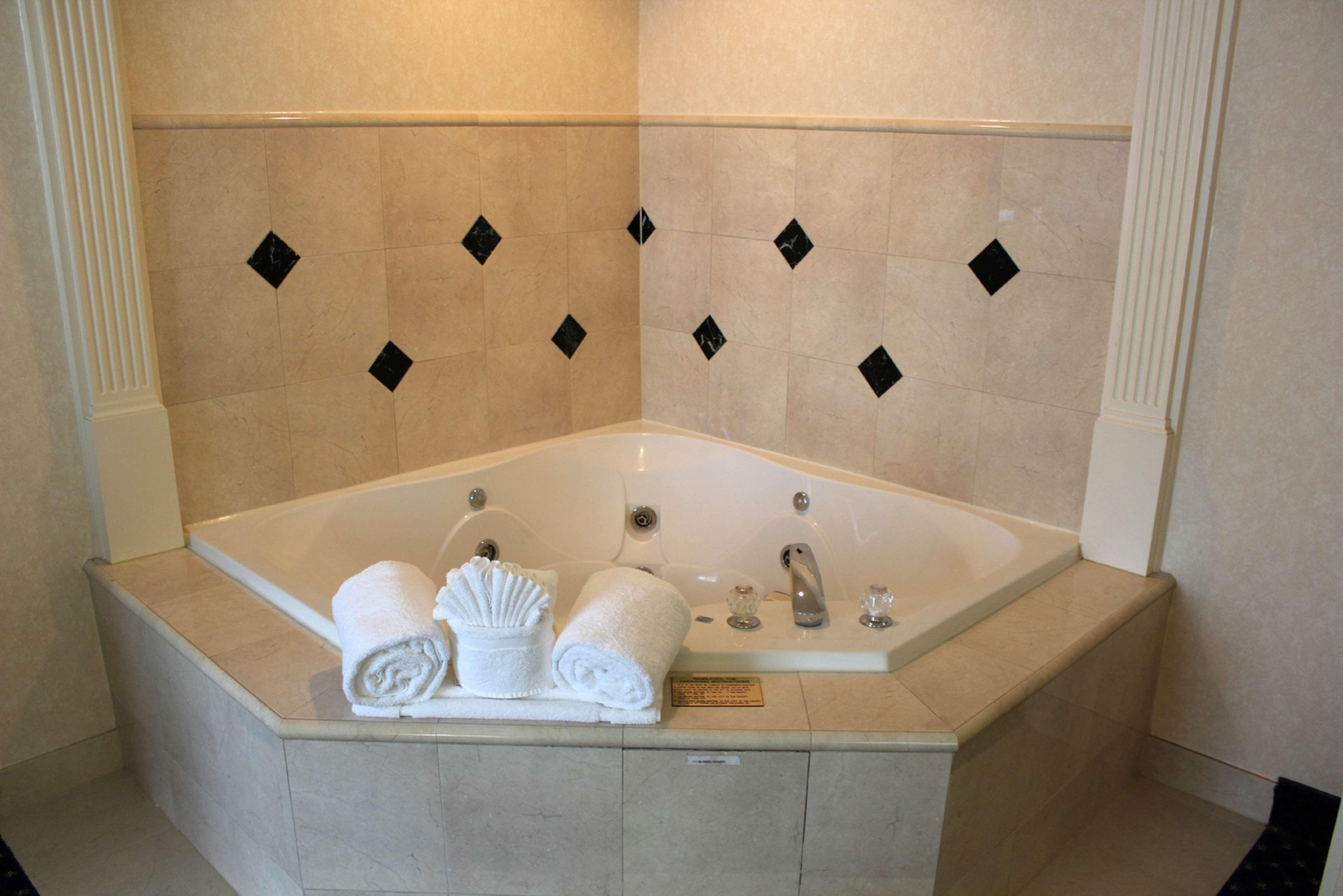 Hilton Garden Inn Charlotte Uptown image 24