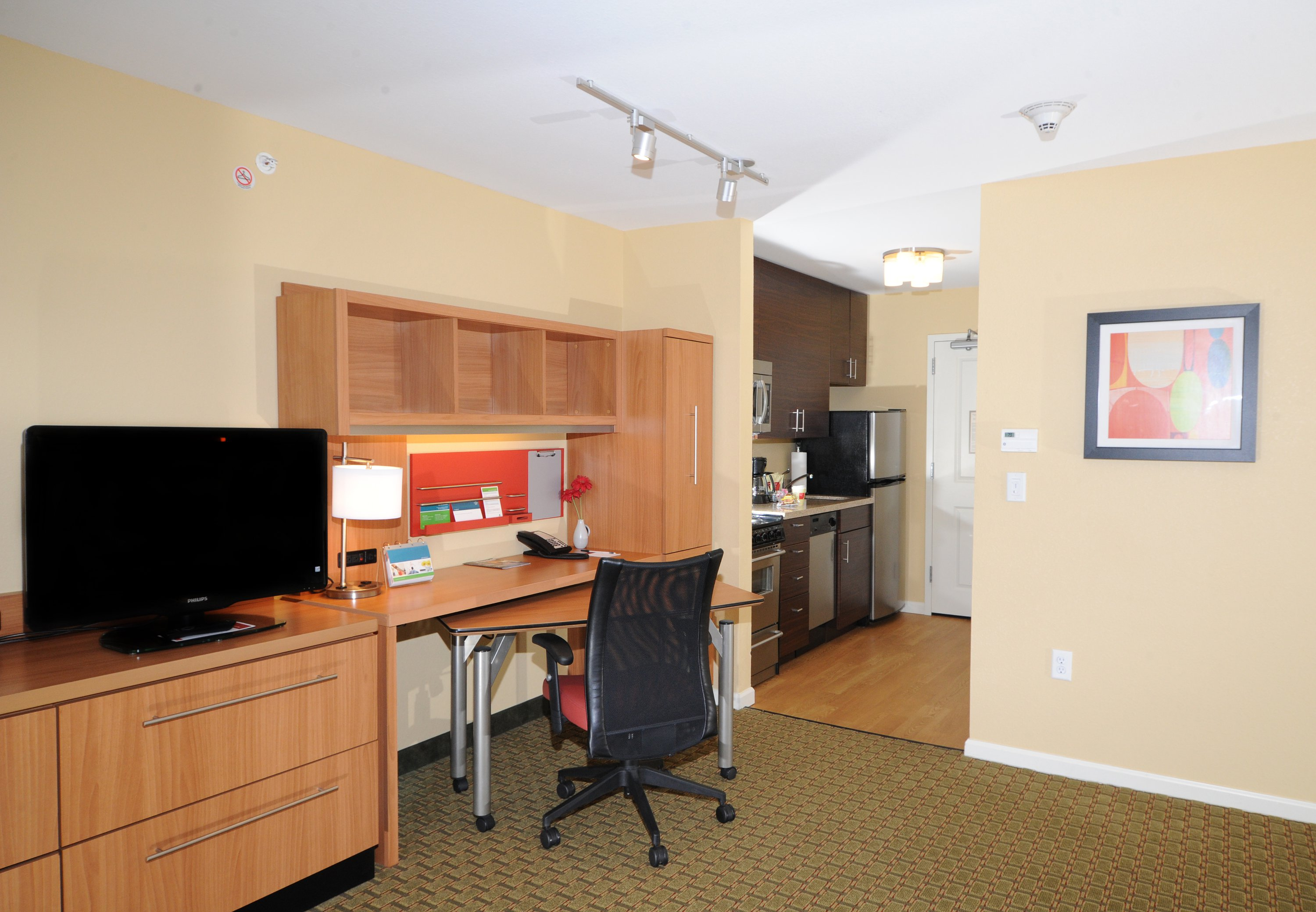 TownePlace Suites by Marriott Monroe image 4