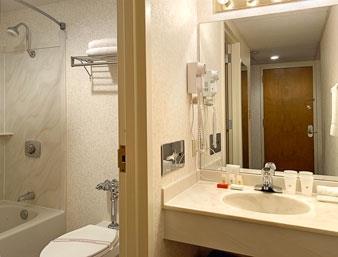 Ramada Paintsville Hotel & Conference Center image 7
