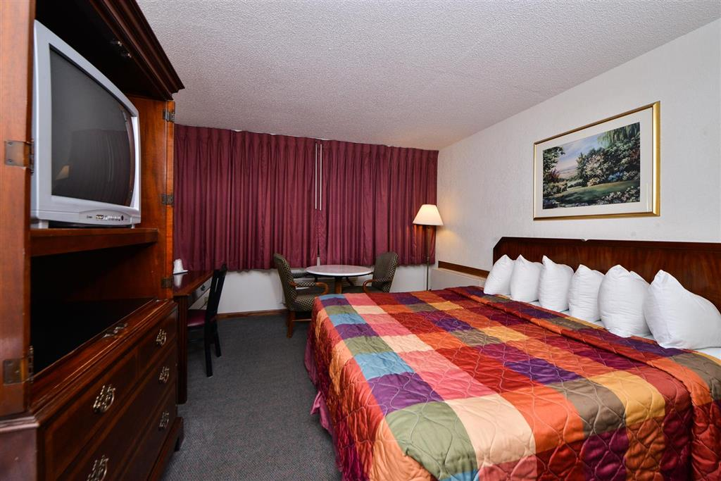 Americas Best Value Inn Albert Lea image 10