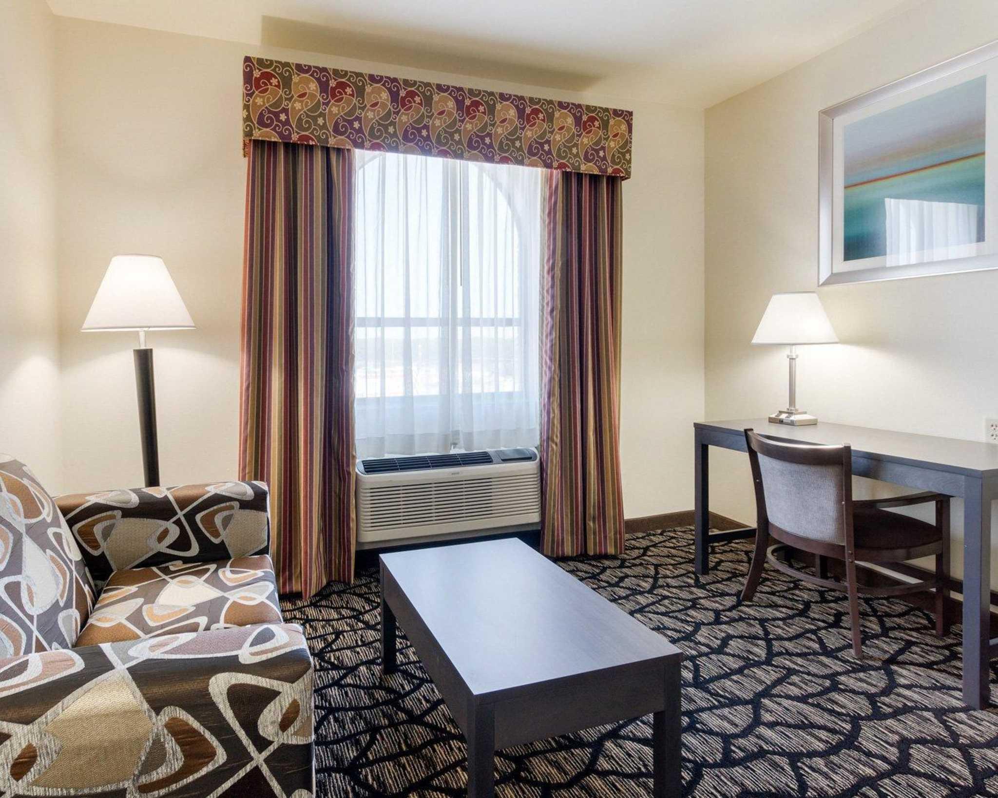 Quality Inn image 24