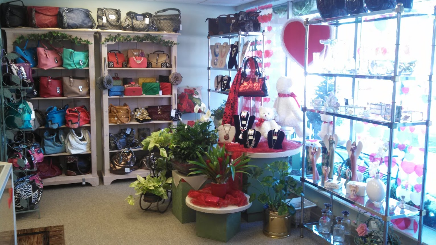 Up-Towne Flowers & Gift Shoppe