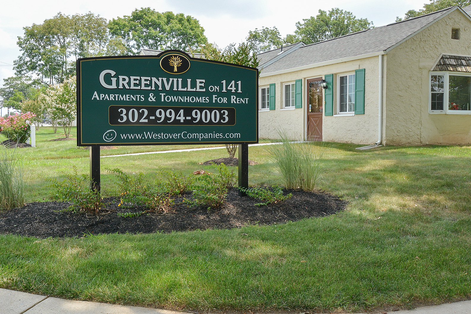 Greenville on 141 Apartments & Townhomes image 0