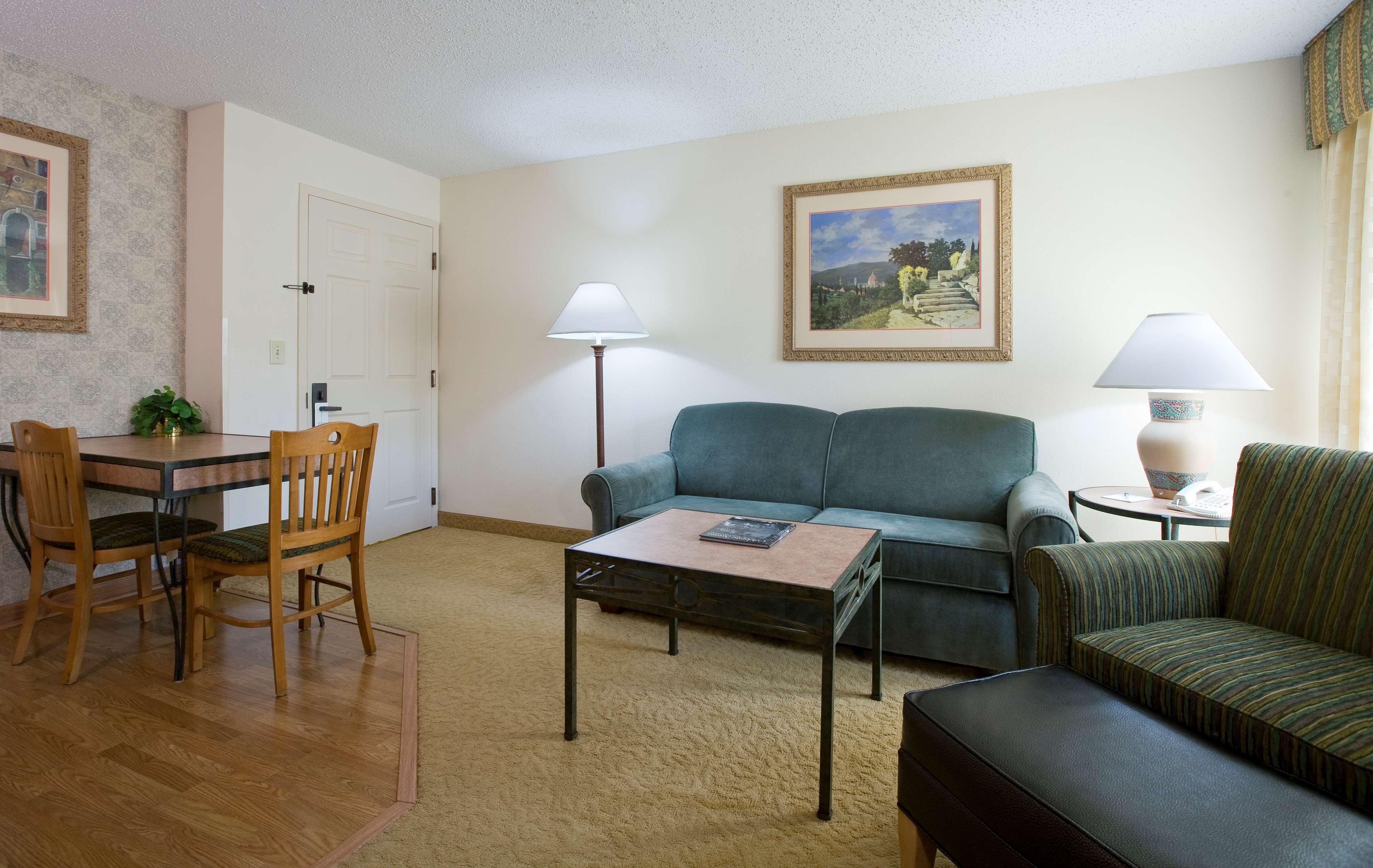 Homewood Suites by Hilton Austin-South/Airport image 7