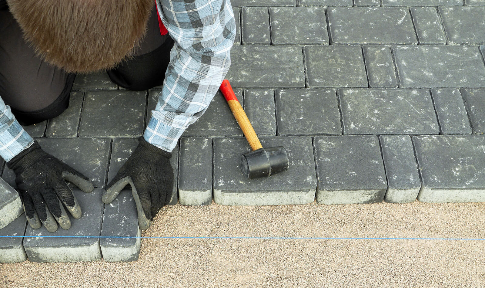 Положить асфальт на бетон своими руками