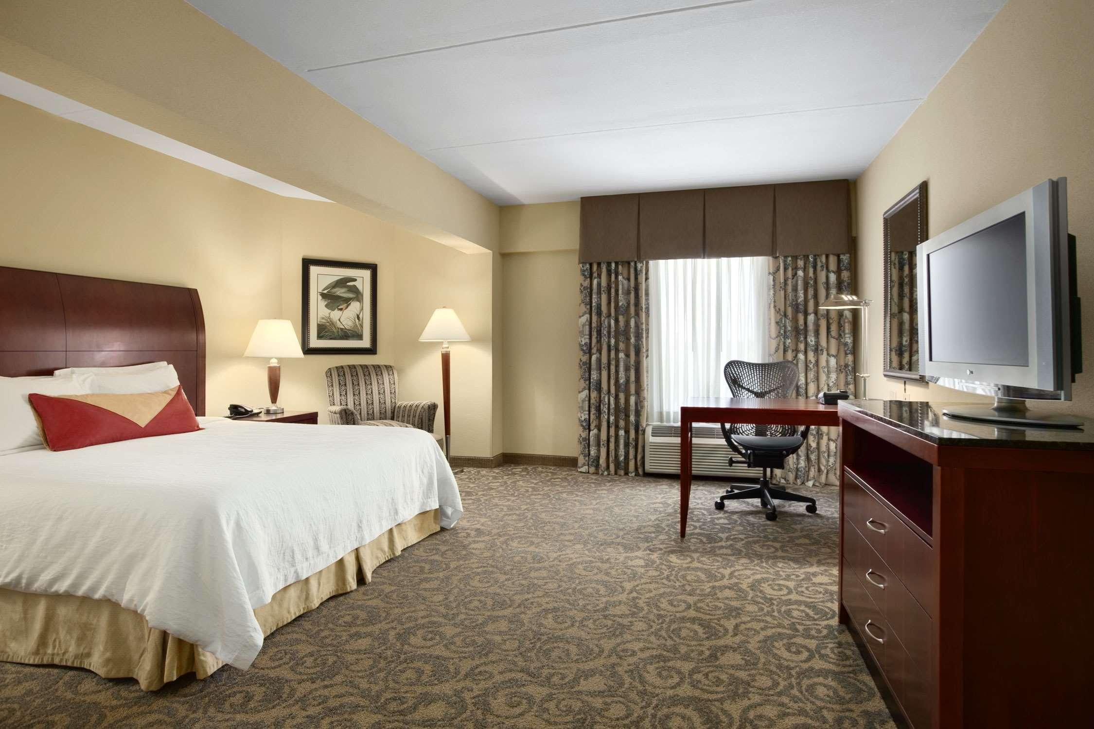 Hilton Garden Inn Champaign/ Urbana image 9