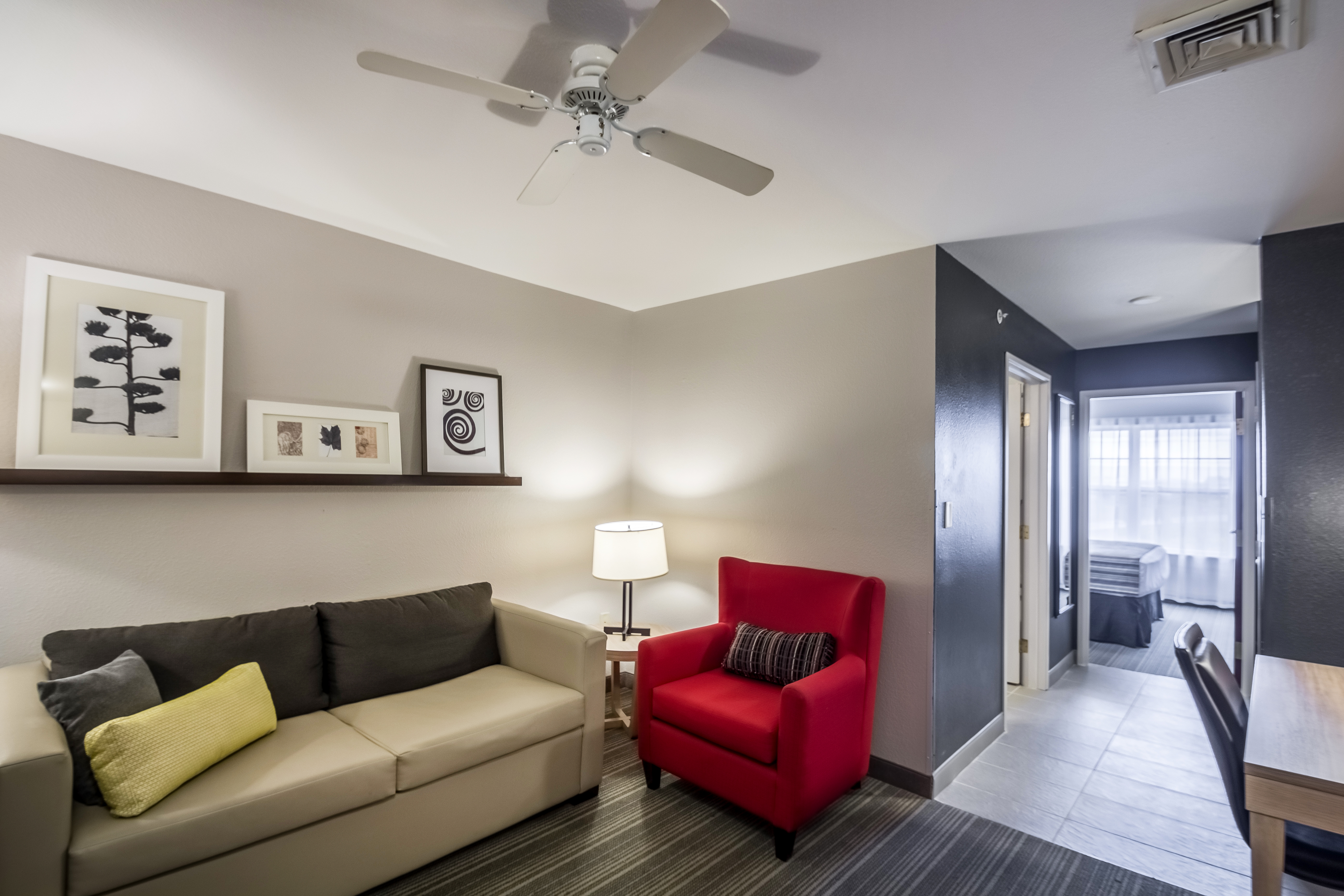 Country Inn & Suites by Radisson, Fond du Lac, WI image 3
