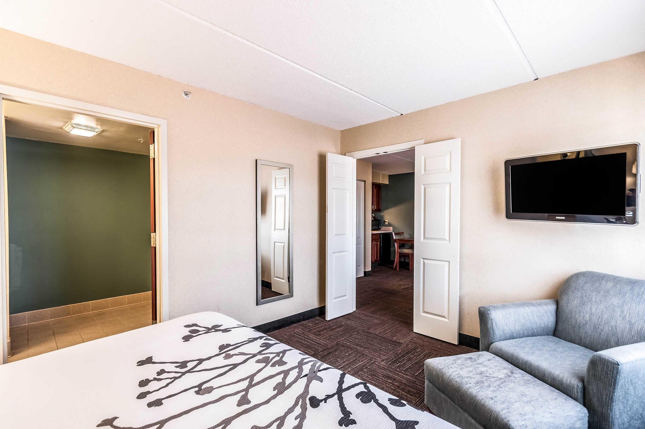 Sleep Inn & Suites Rehoboth Beach image 27