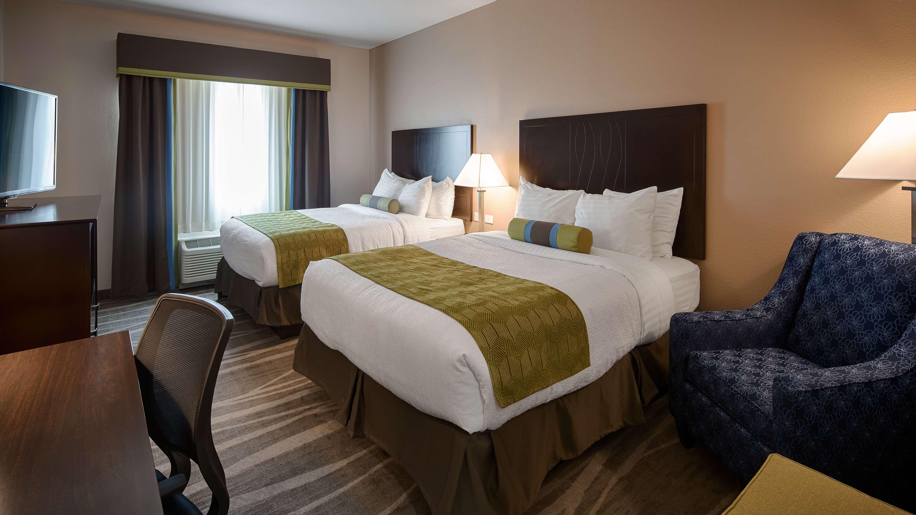 Best Western Plus Denver City Hotel & Suites image 15