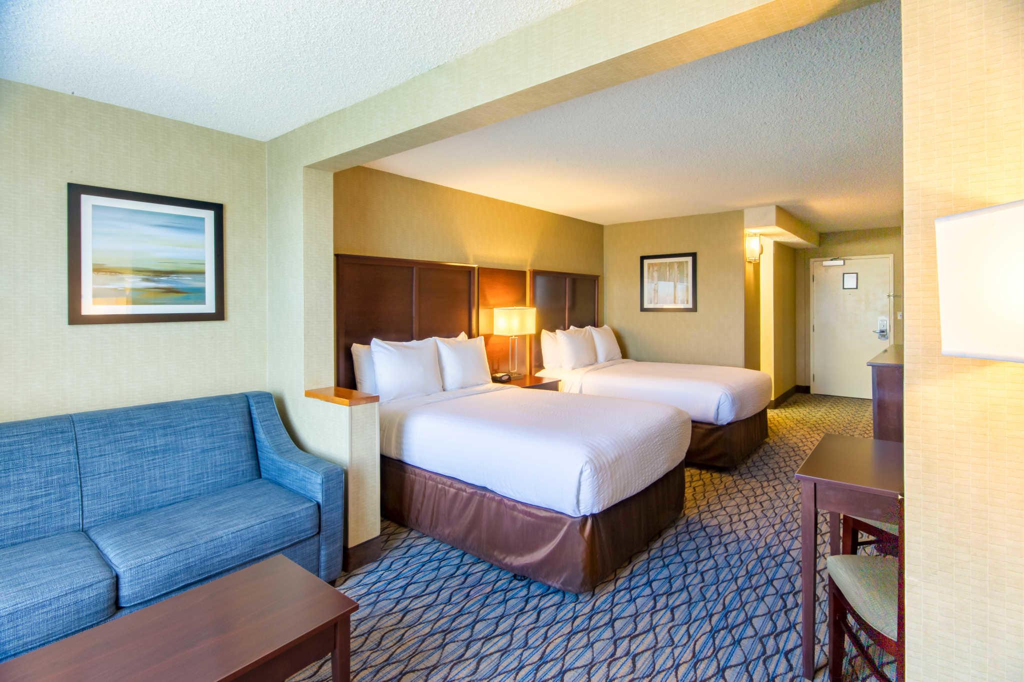 Clarion Hotel Anaheim Resort image 9