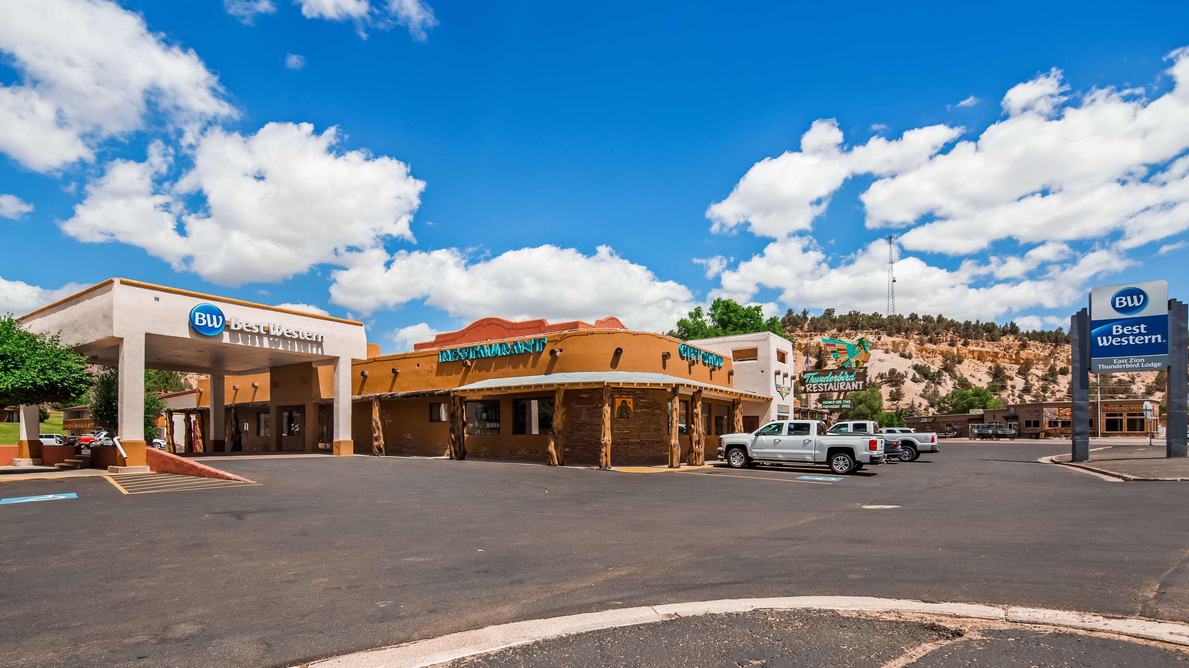 Best Western East Zion Thunderbird Lodge image 0