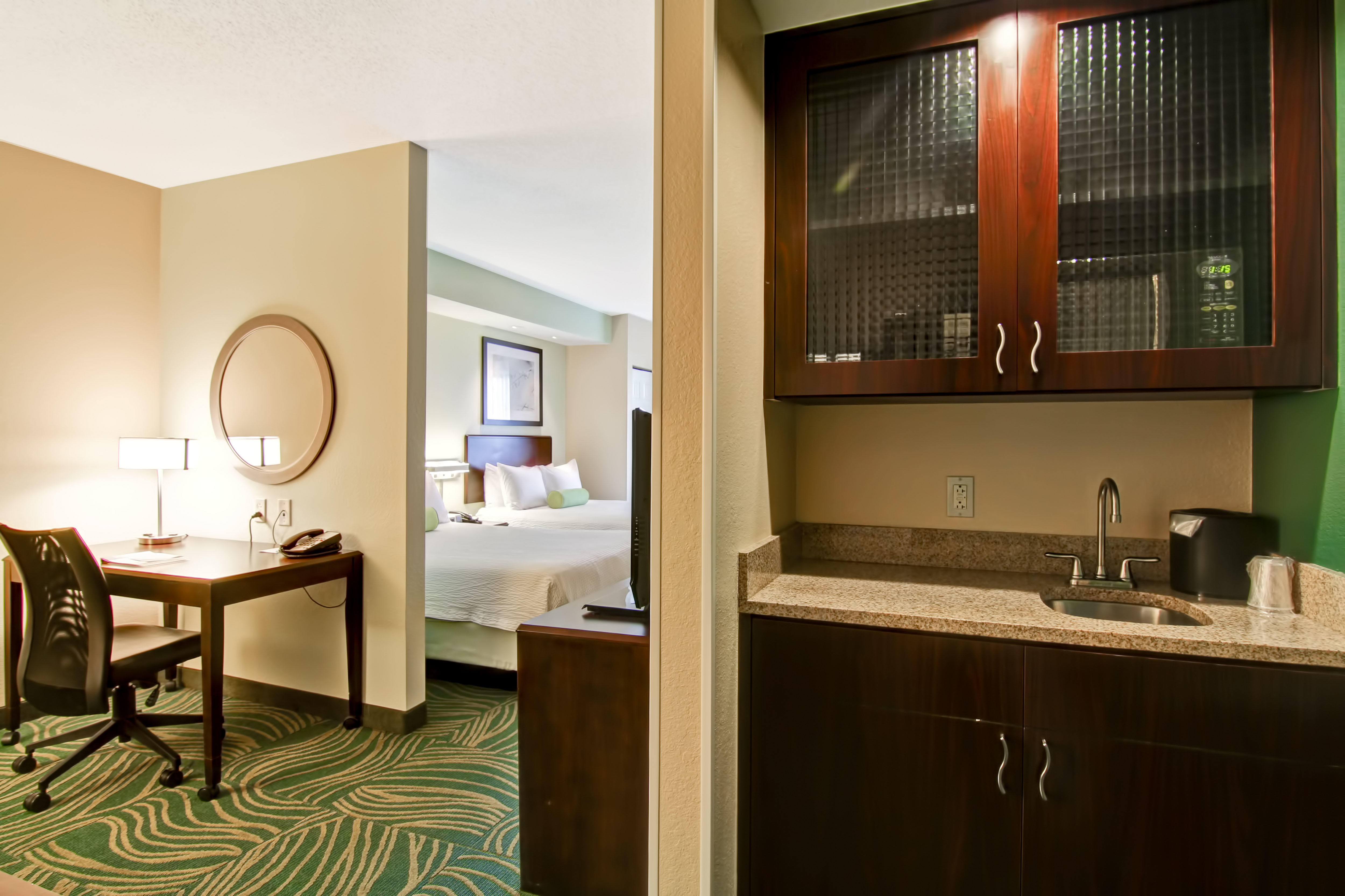 SpringHill Suites by Marriott Erie image 5