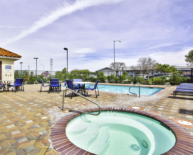 Best Western Plus Salinas Valley Inn & Suites image 5