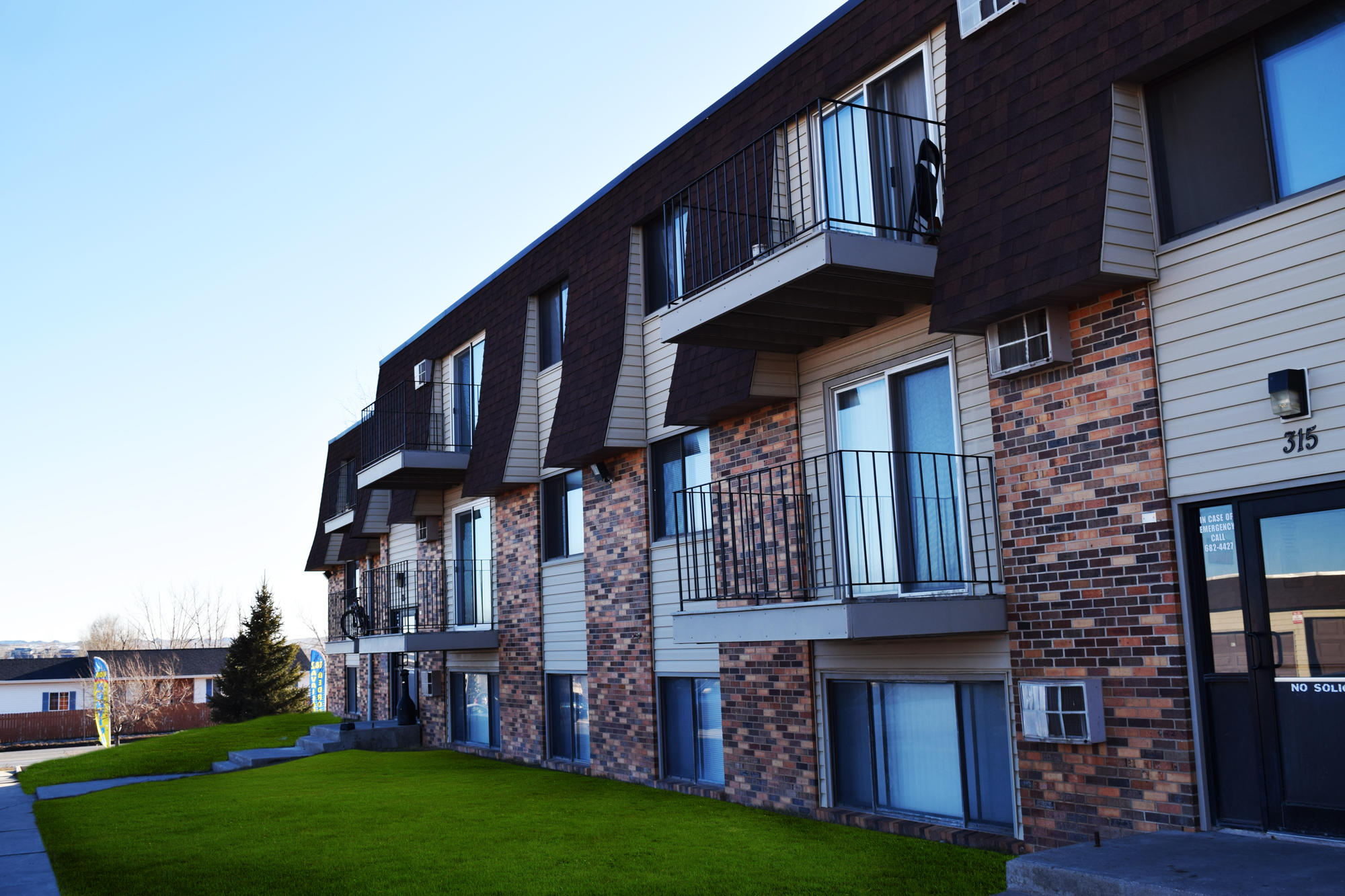 Valley View Apartments image 2