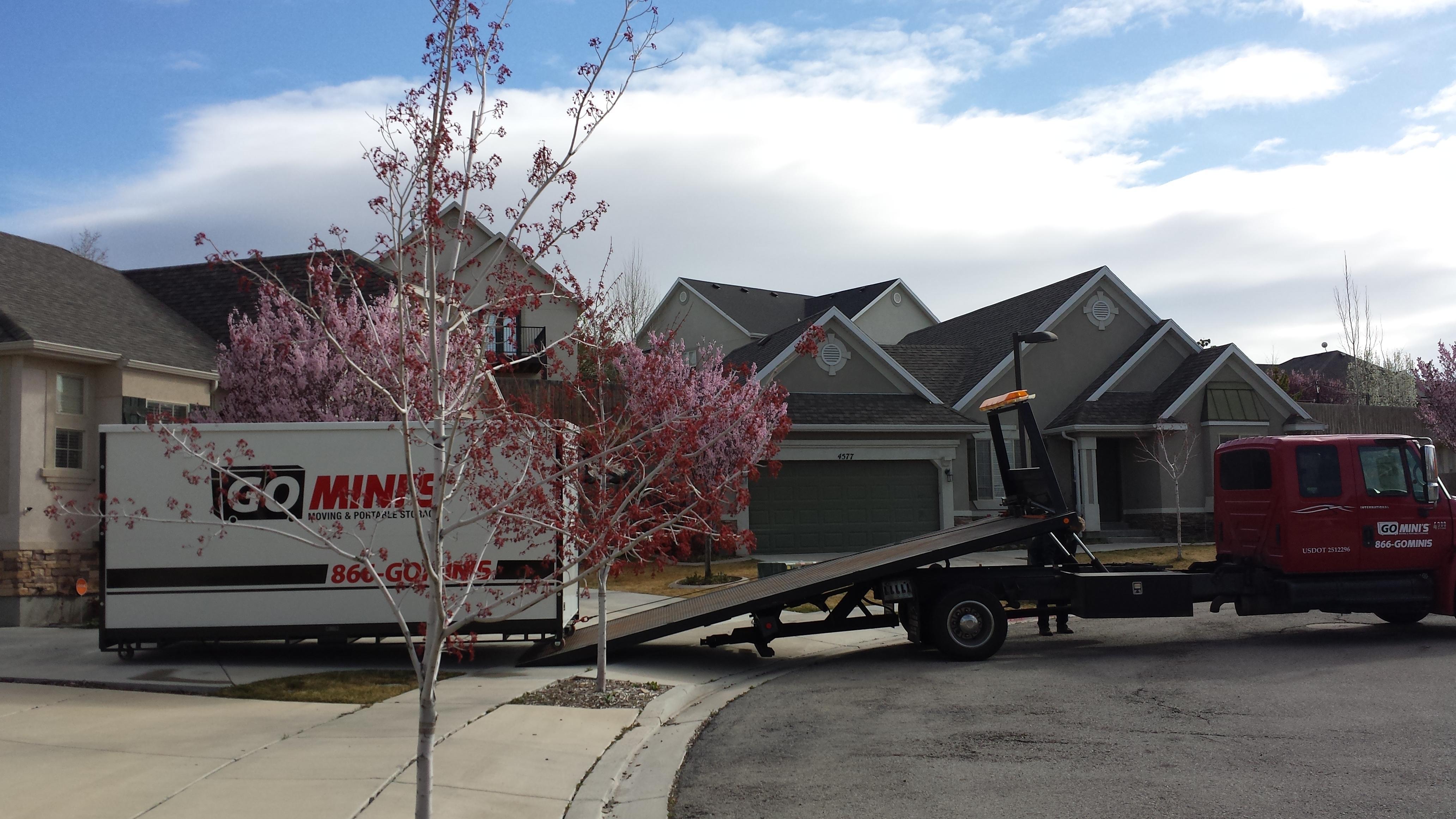 Go Mini's Moving & Portable Storage image 6