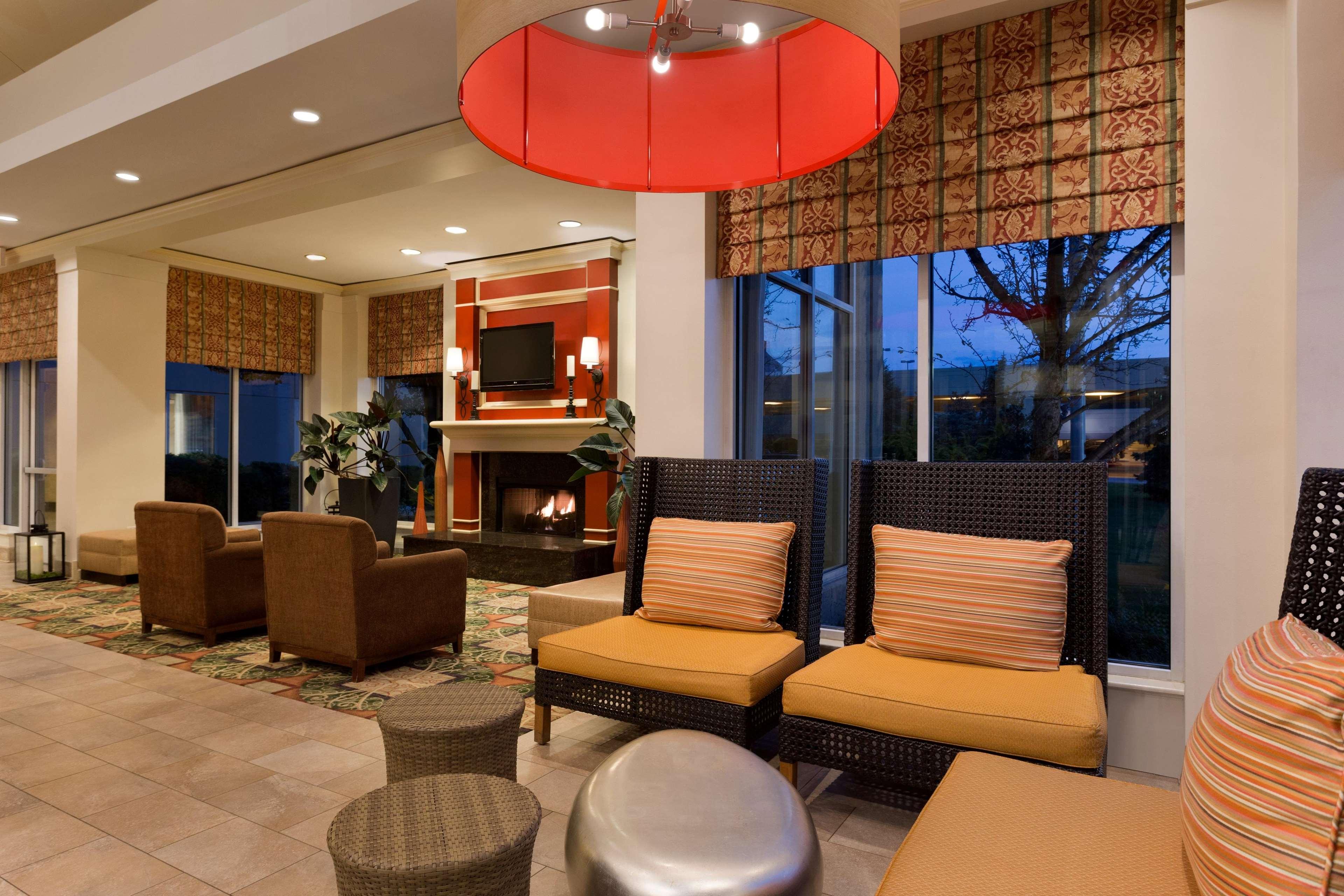 Hilton Garden Inn Chicago/Oakbrook Terrace image 14