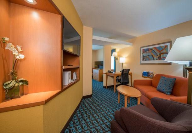 Fairfield Inn & Suites by Marriott Hinesville Fort Stewart image 1