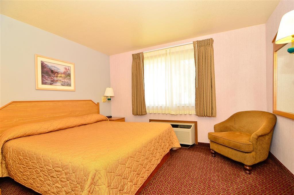 Americas Best Value Inn & Suites McCall image 8