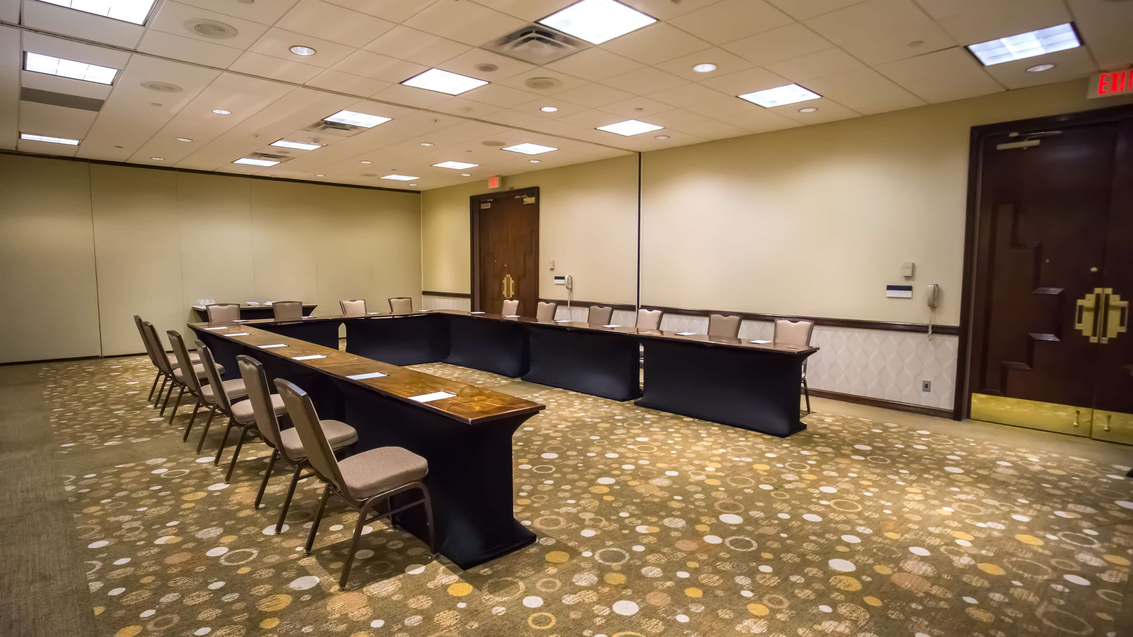 Embassy Suites by Hilton Tampa Airport Westshore image 25