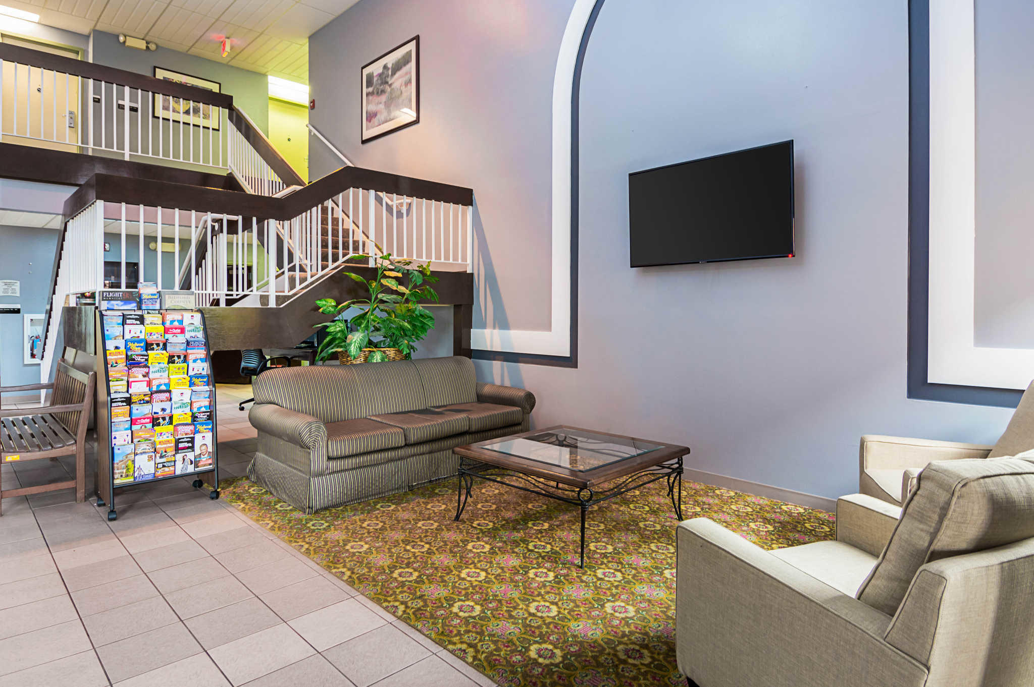 Quality Inn & Suites Kearneysville - Martinsburg image 5