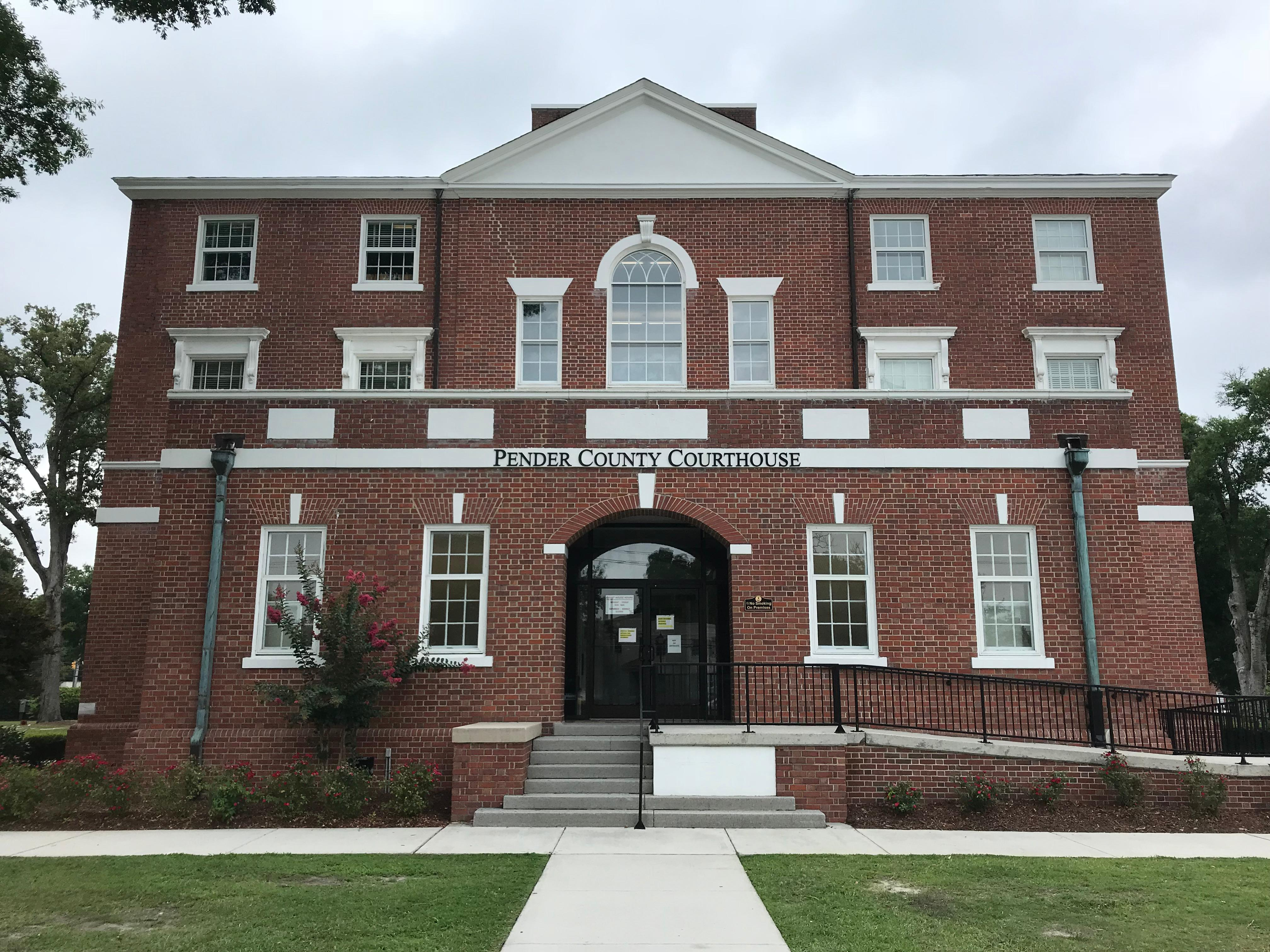Pender County Courthouse