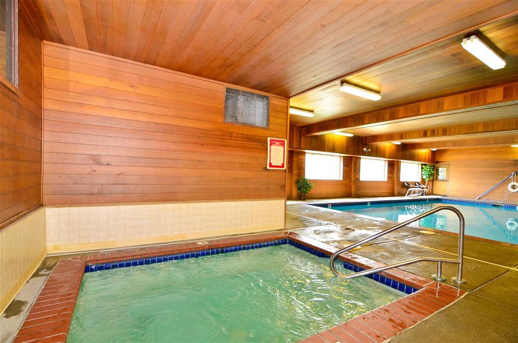 Americas Best Value Inn & Suites McCall image 18