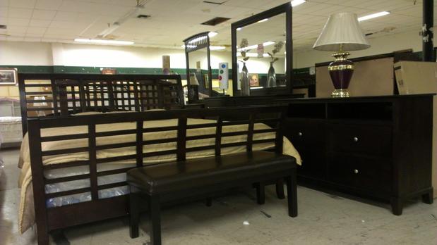 mad man furniture - Mad Man Furniture