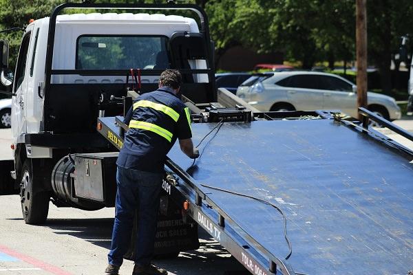 Dallas Towing - Captain Towing image 2