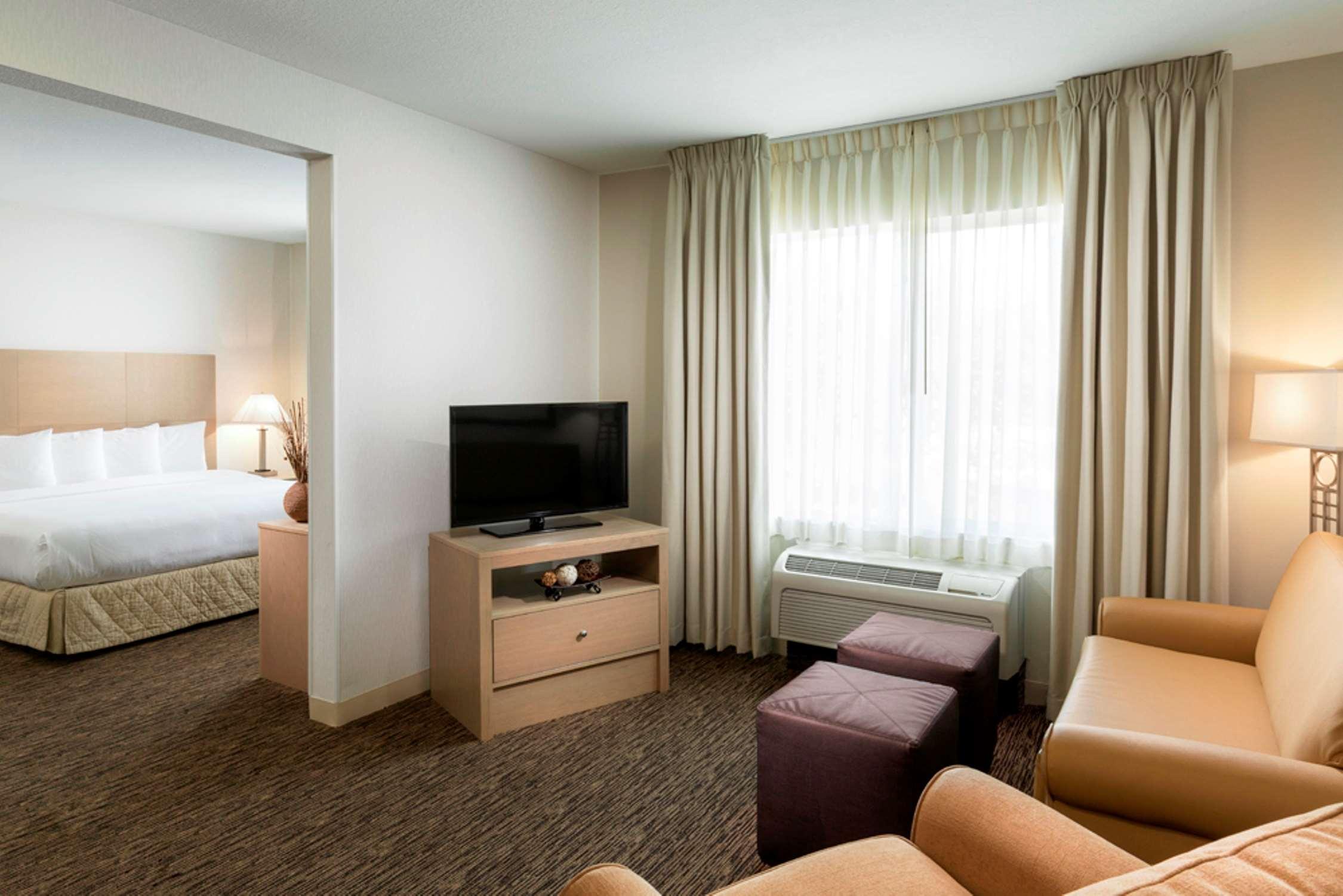 DoubleTree by Hilton Hotel Vancouver, Washington image 9