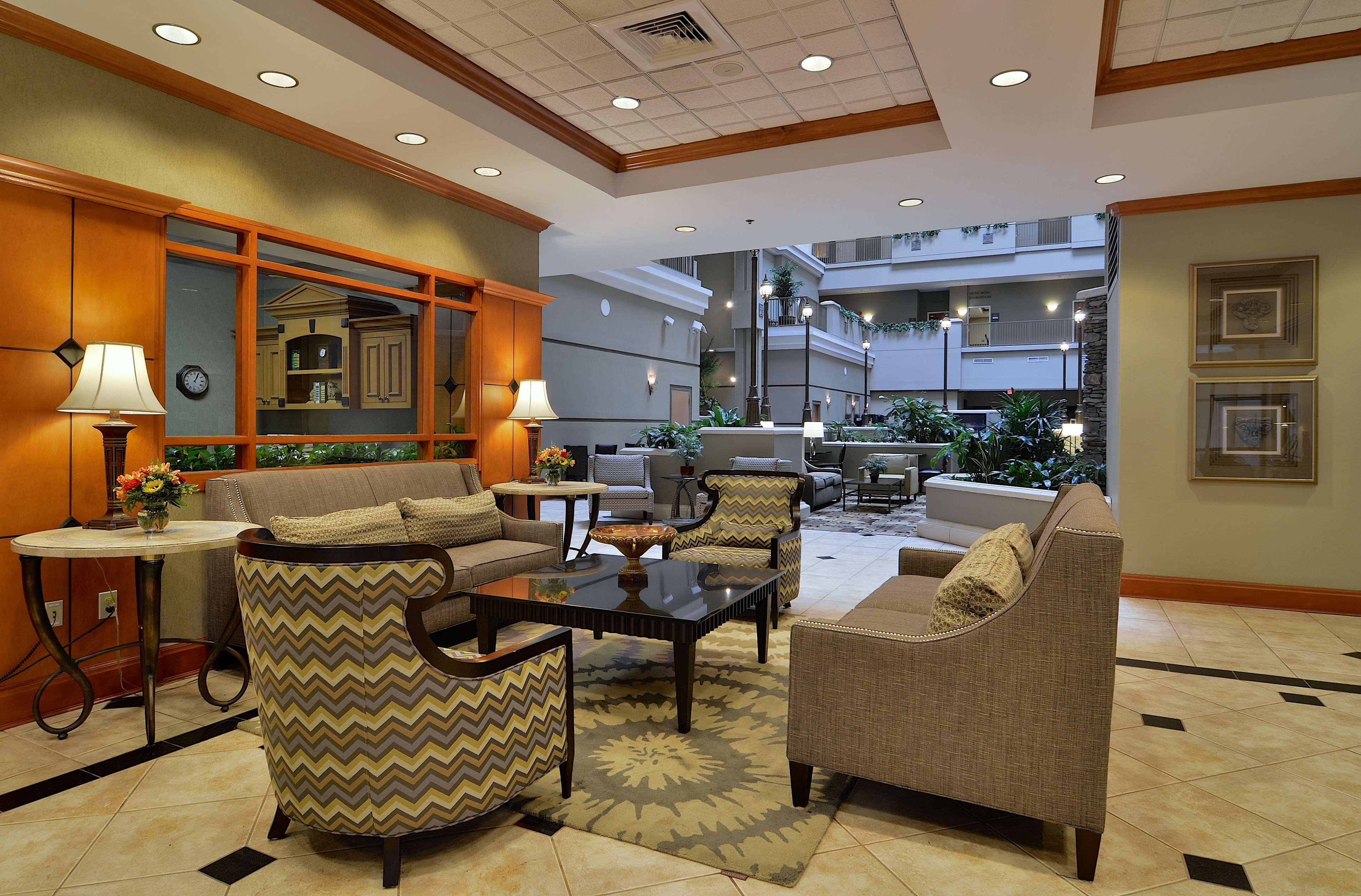 Embassy Suites by Hilton Nashville at Vanderbilt image 9