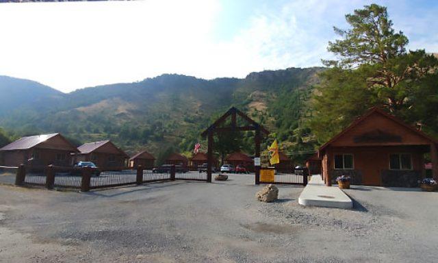 Lava Hot Springs KOA Holiday image 7