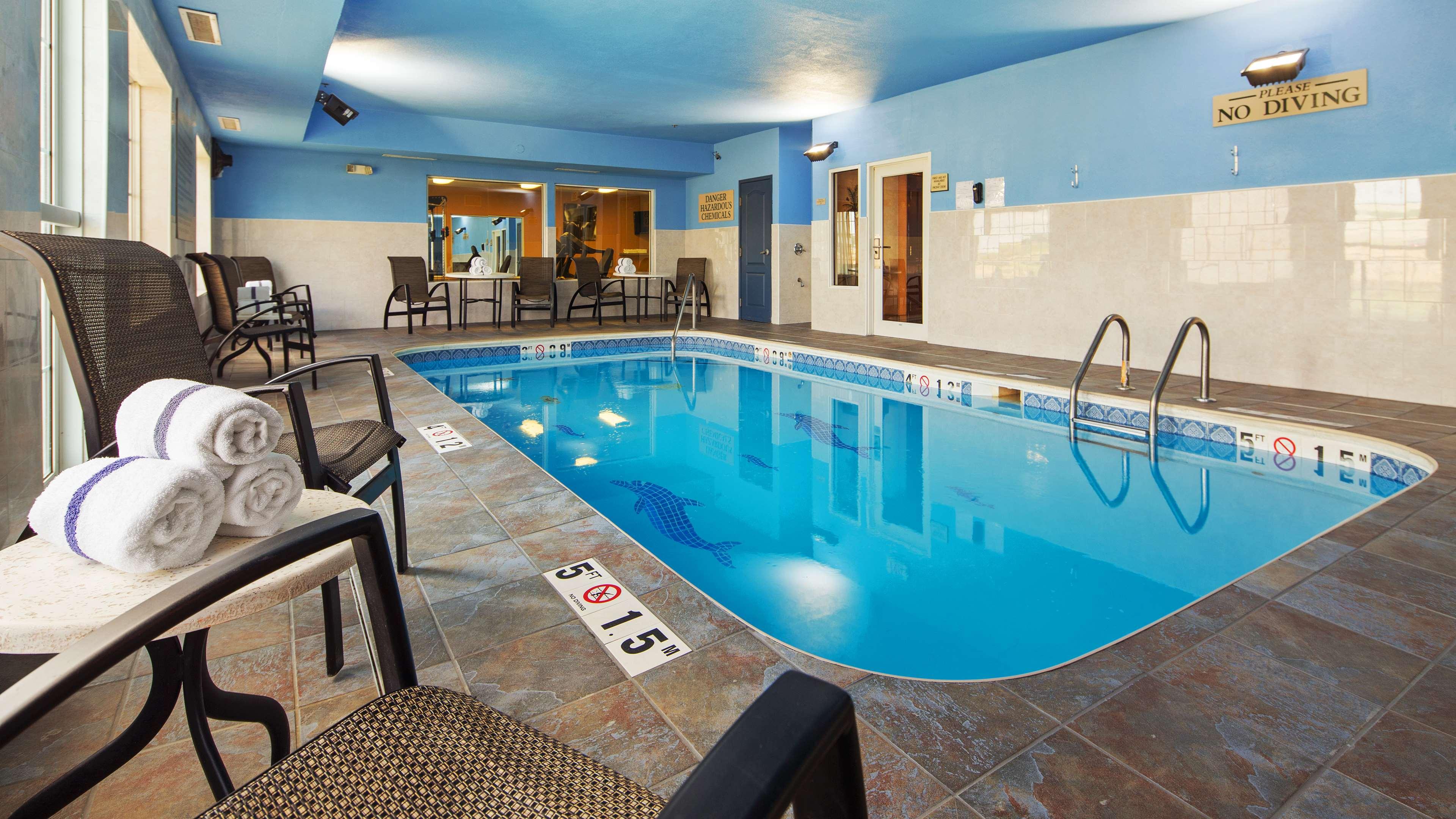 Best Western Plus Fort Wayne Inn & Suites North image 29