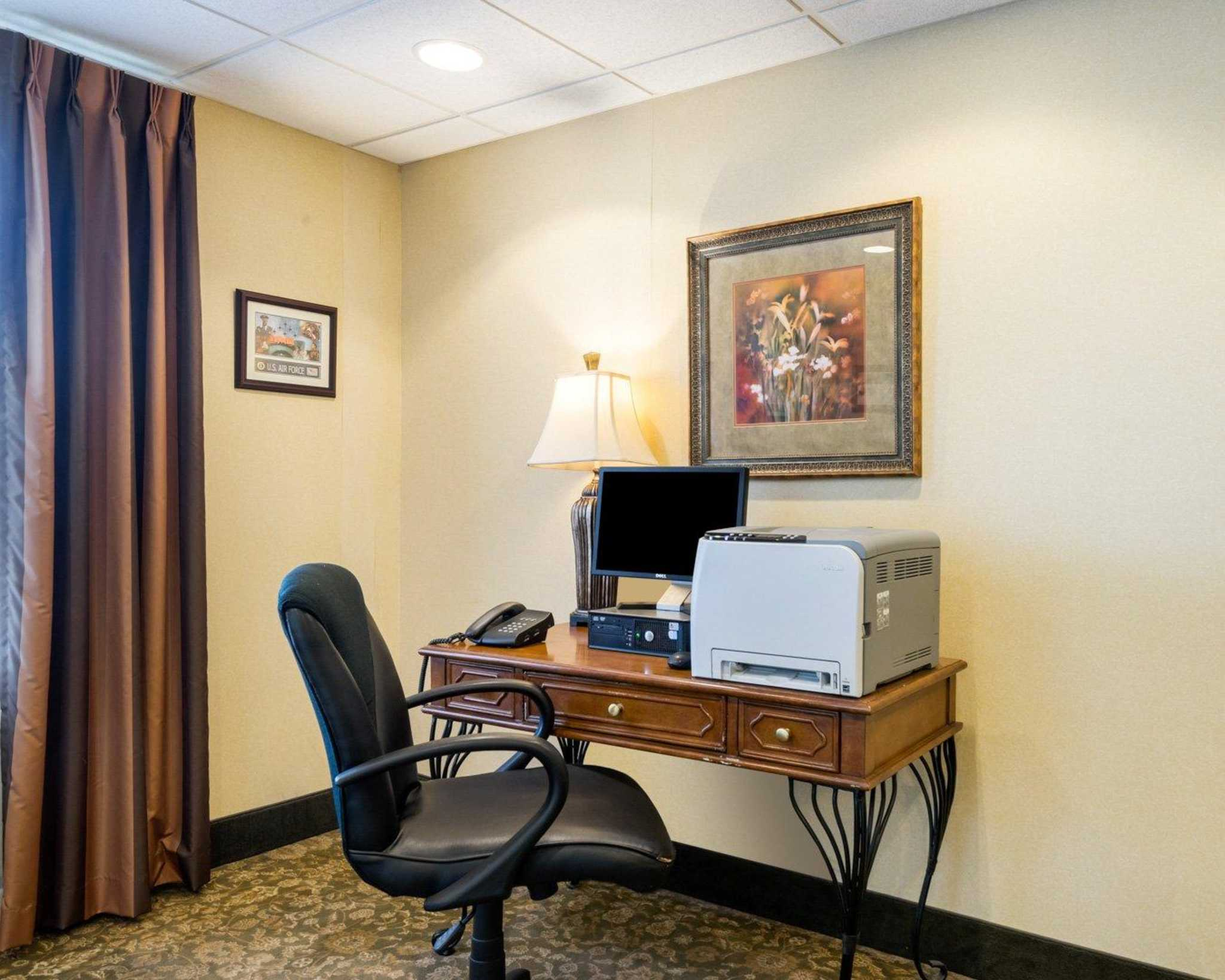MainStay Suites image 35
