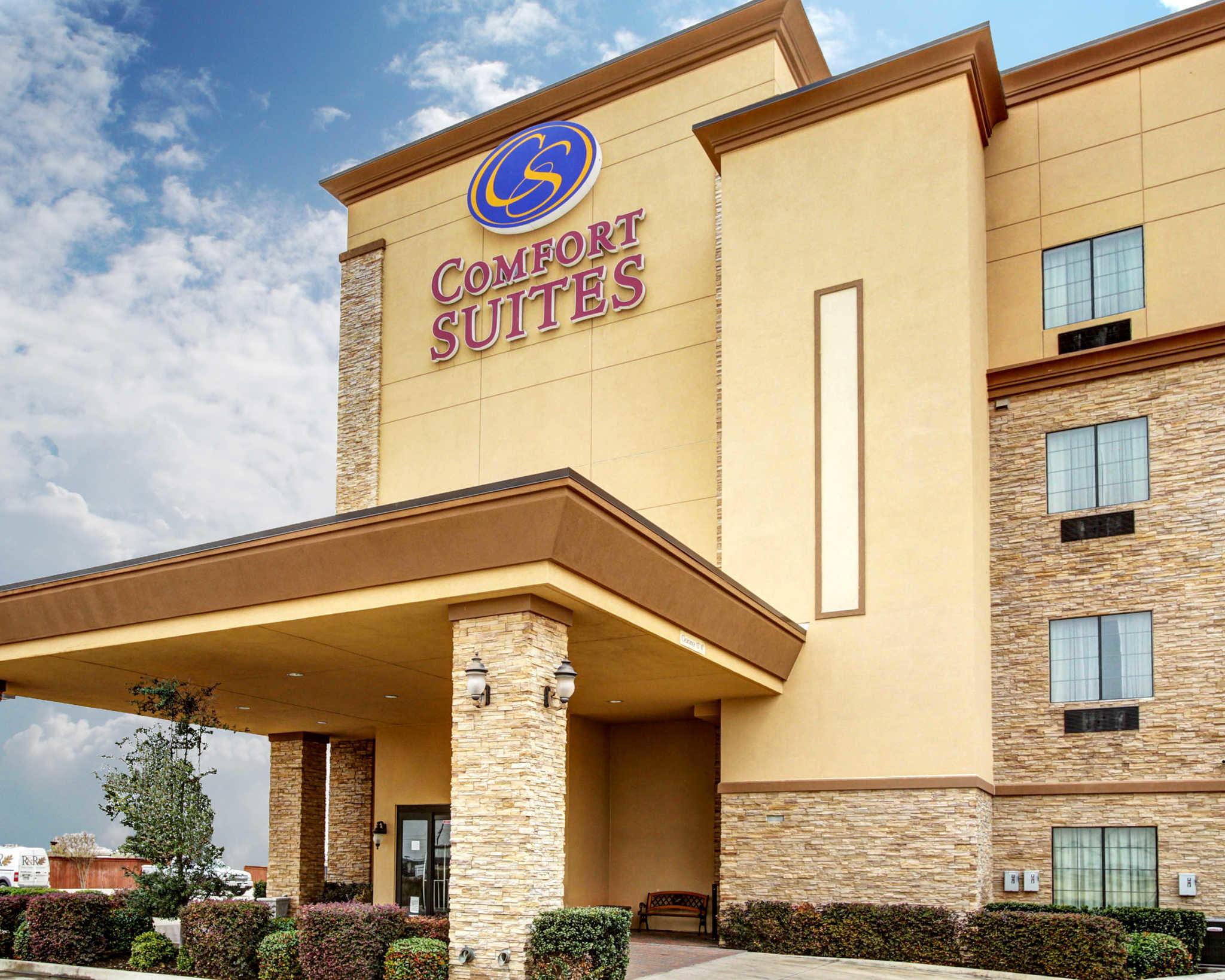 Comfort Suites Buda - Austin South image 2