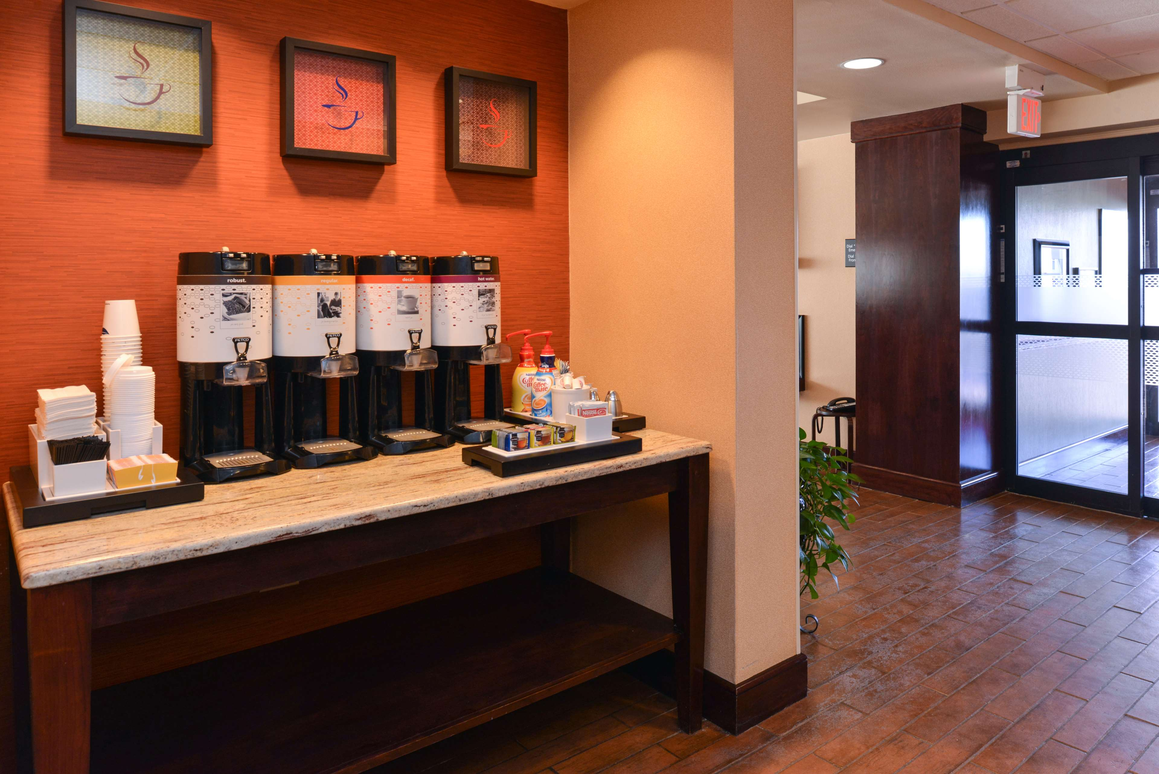 Hampton Inn Albuquerque-University/Midtown image 11