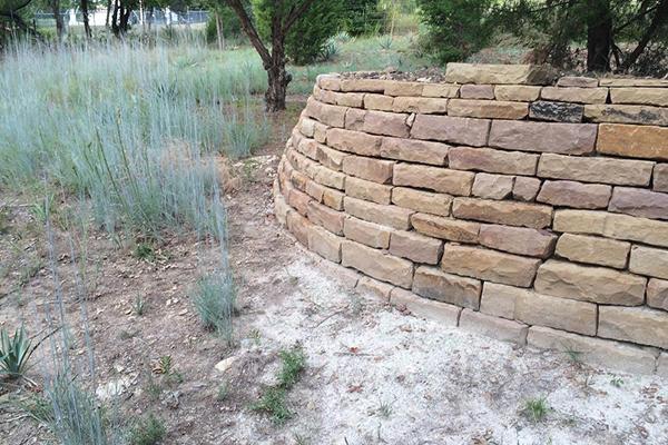 Alfredo Olvera Landscaping image 5