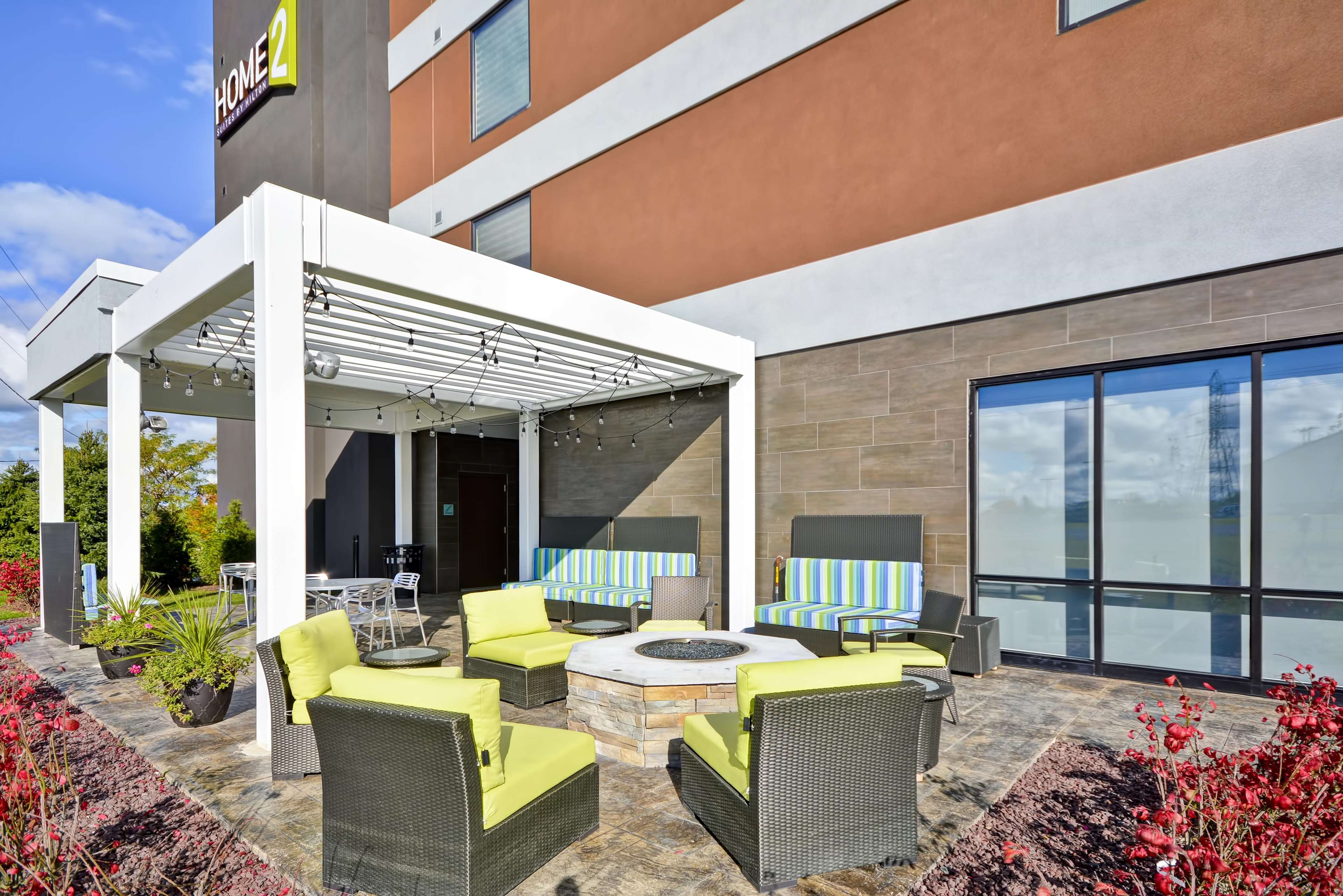 Home2 Suites by Hilton Oswego image 1