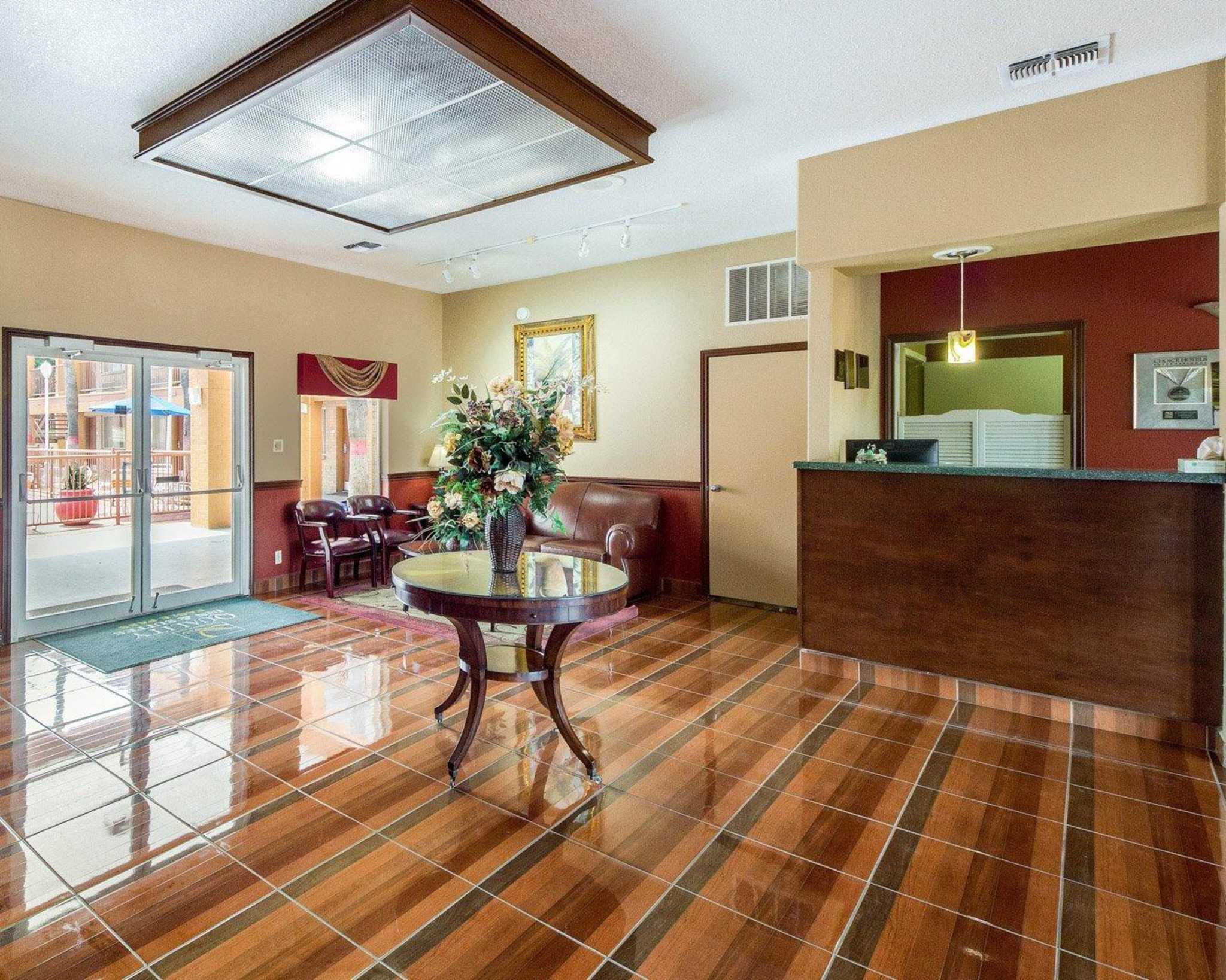 Quality Inn & Suites Eagle Pass image 13