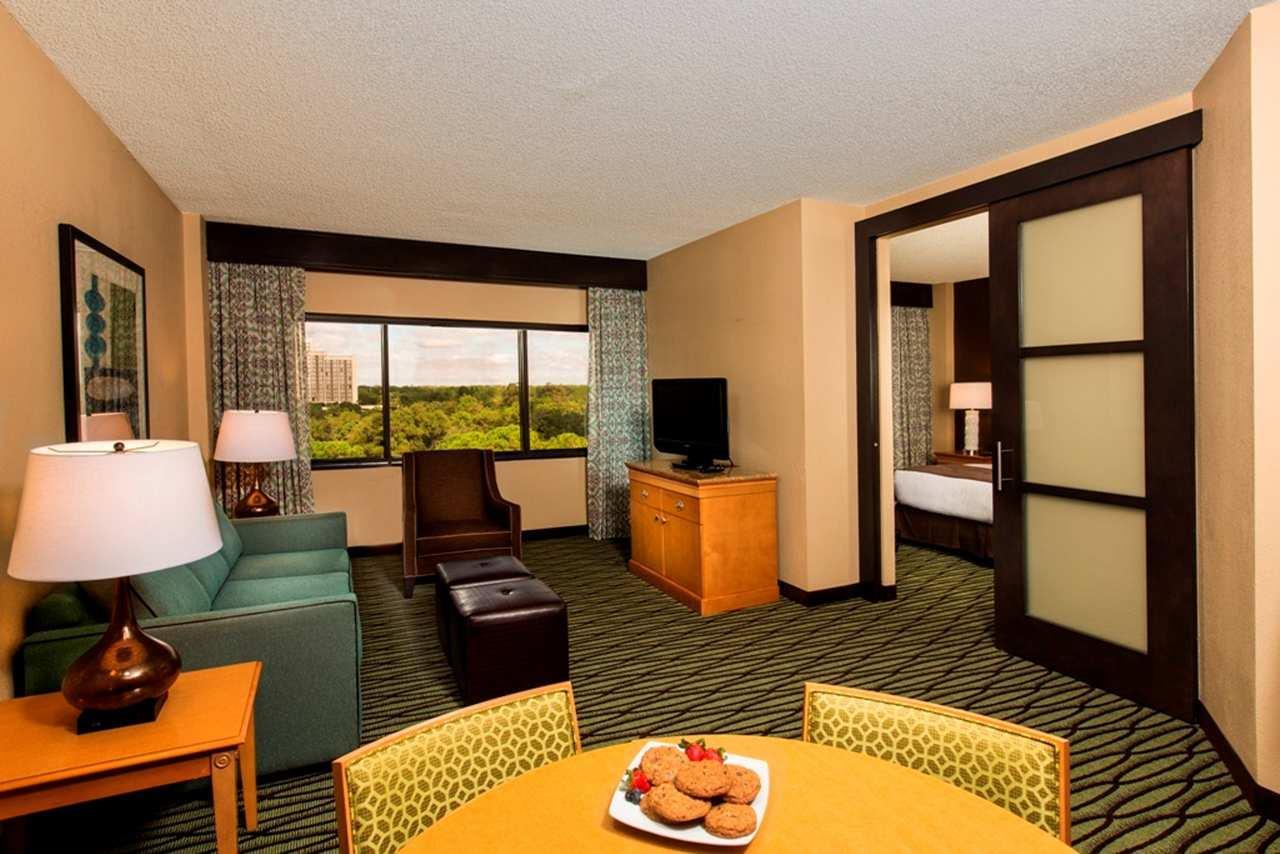 DoubleTree Suites by Hilton Orlando - Disney Springs Area image 20