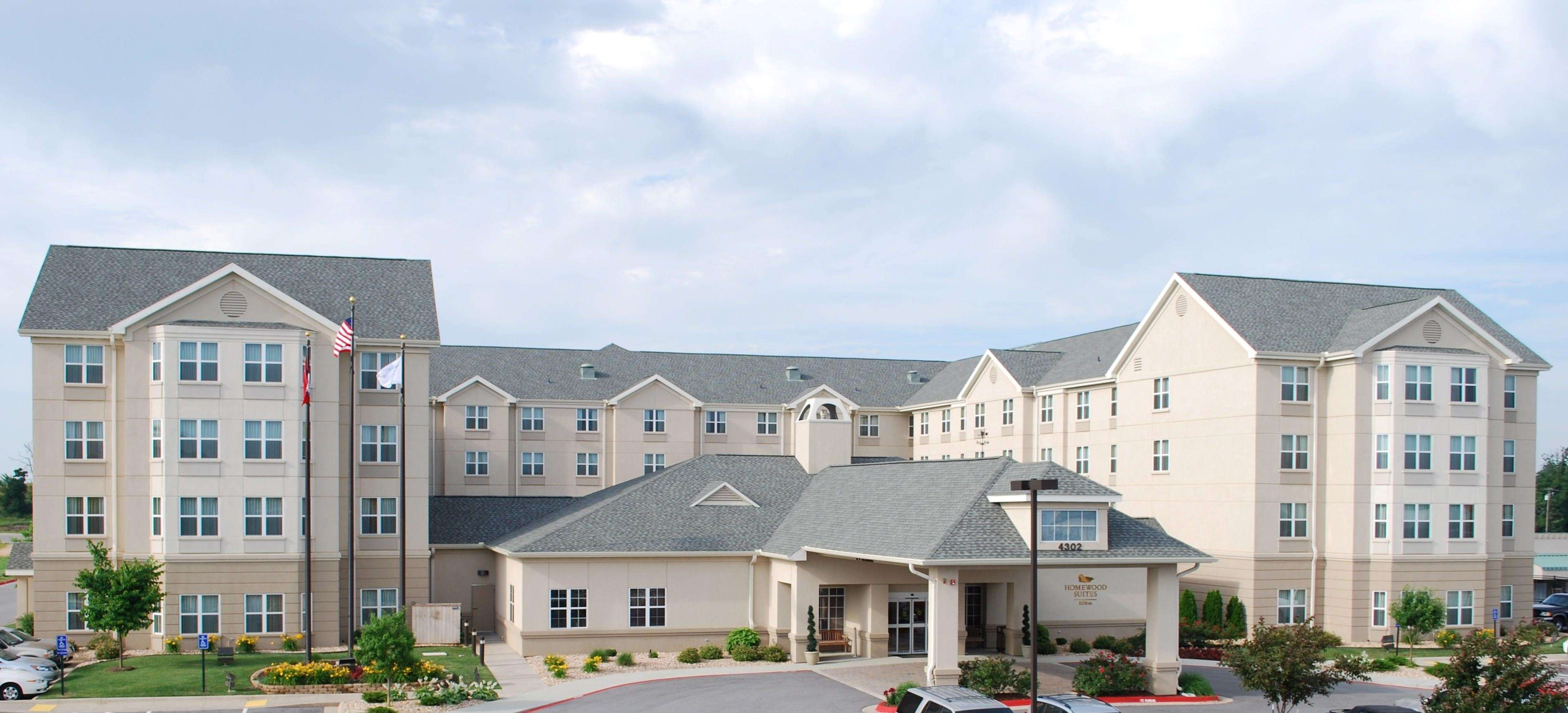 Homewood Suites by Hilton Bentonville-Rogers image 1