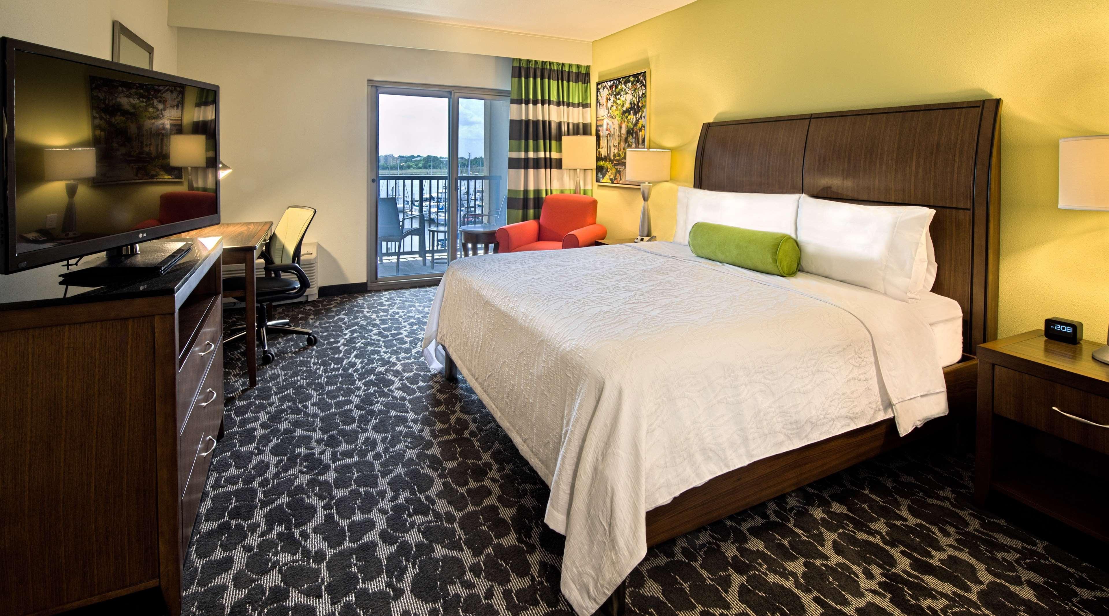 Hilton Garden Inn Charleston Waterfront/Downtown image 15