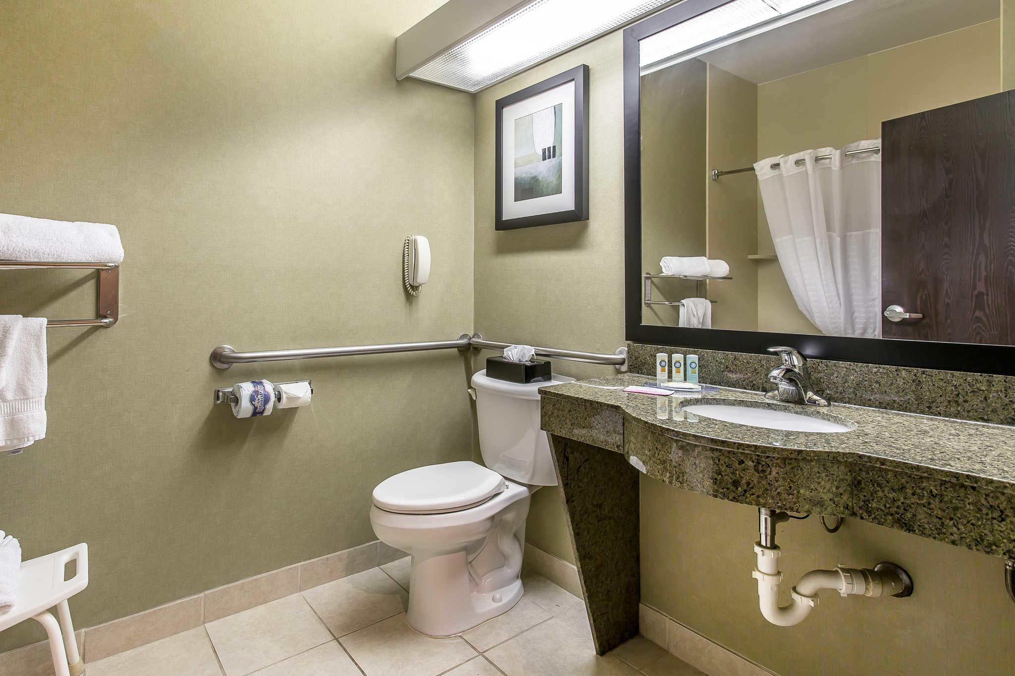 Quality Inn & Suites Durant image 11