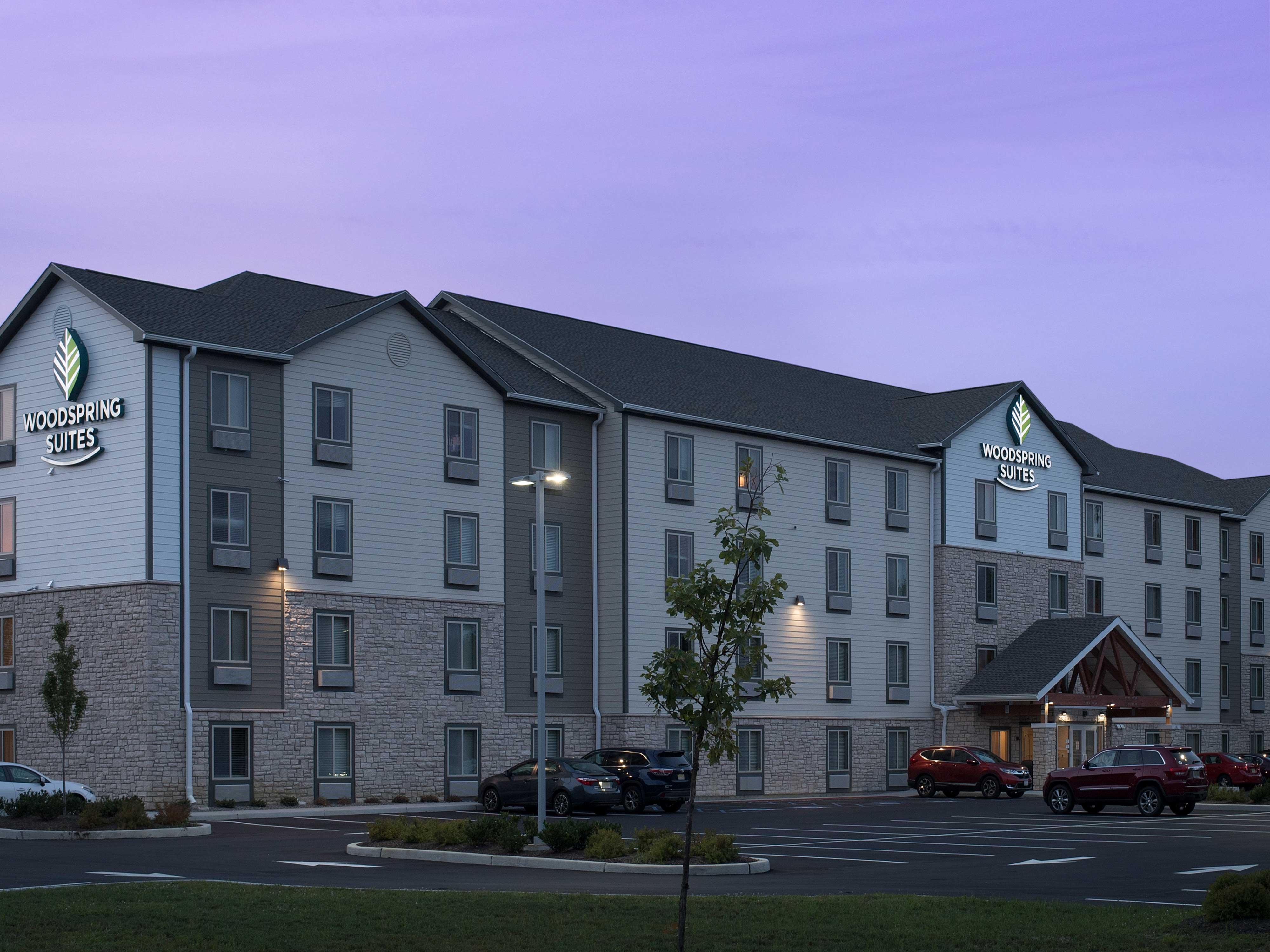 WoodSpring Suites Cherry Hill image 7