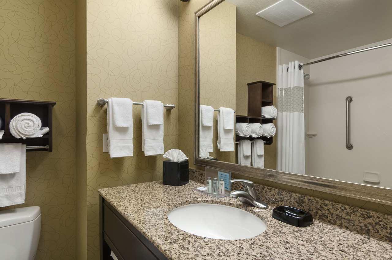 Hampton Inn & Suites San Luis Obispo image 14