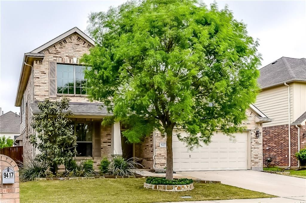 Fatima Mattingley | RE/MAX Dallas Suburbs image 2